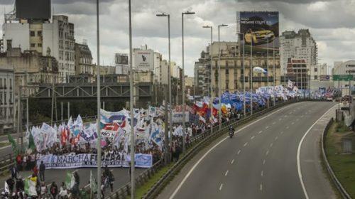 """Tras la Marcha Federal, el Gobierno afirma: """"No vemos que la gente esté saliendo a la calle por una situación difícil"""""""
