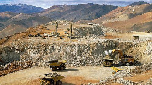 Tras nuevo derrame y críticas por falta de controles, Uñac suspendió las actividades en la mina Veladero