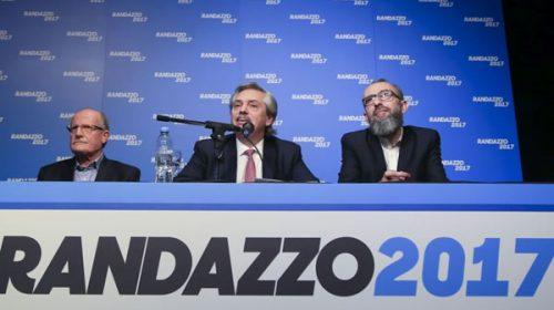 Florencio Randazzo presentó los avales y se reúne con el PJ