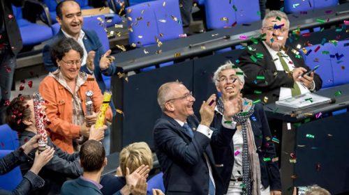 Pese al voto negativo de Angela Merkel, Alemania legalizó el matrimonio igualitario