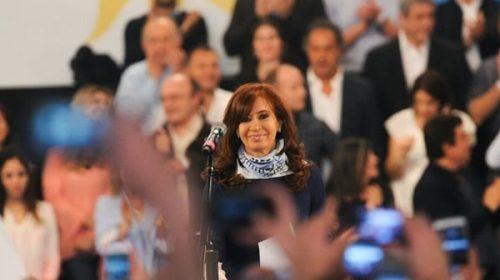 """Cristina convocó a una """"campaña ciudadana"""" hacia octubre"""