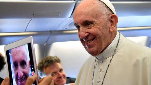"""El Vaticano confirmó que el Papa """"no tiene previsto"""" visitar Argentina en 2018"""