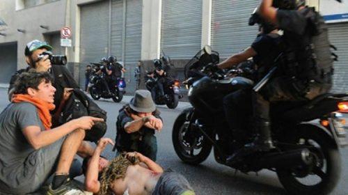Detuvieron a un policía y dos manifestantes por los incidentes en el Congreso