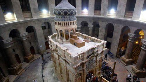 Tras tres días cerrado, el Santo Sepulcro vuelve a abrir para las visitas de los peregrinos