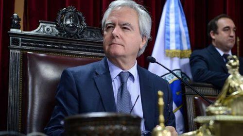 Según Pinedo, el proyecto de legalización del aborto será modificado por el Senado