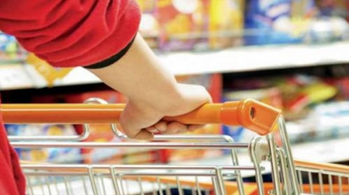 El consumo aceleró levemente su rebote y la actividad siguió repuntando durante junio