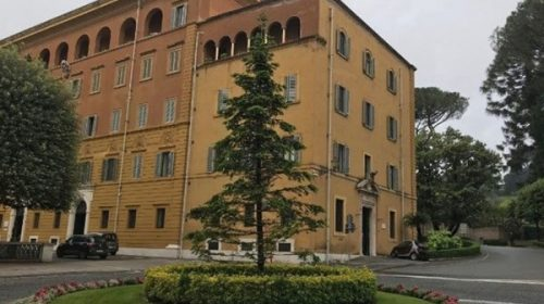Por primera vez en su historia, el Vaticano condenó a empresario por lavado