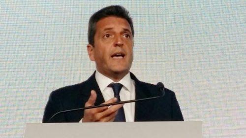 "Sergio Massa: ""El país le exige al Presidente que convoque a Cristina Kirchner"""