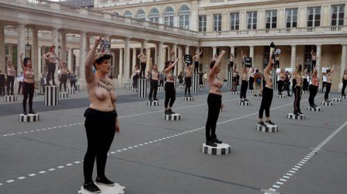 """""""Frenen los femicidios"""", protesta en París"""